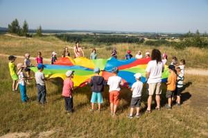 Skupinové aktivity upútali deti hneď na začiatku.